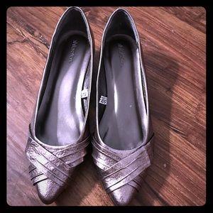 Xhilaration Metallic Gray womens Point Toe wedge